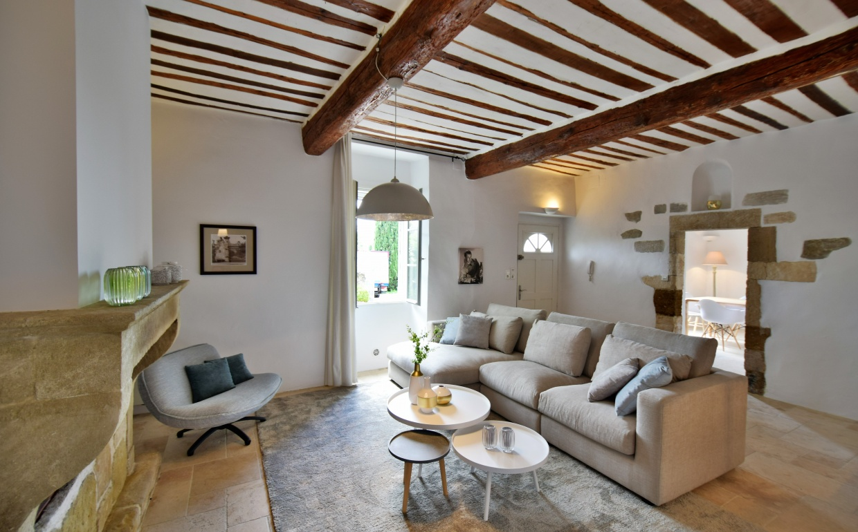 scandinavisch interieur, project styling, real estate styling, provence, interieur provence, mas, loriol, intermat