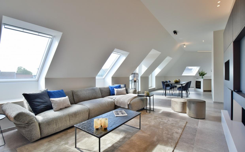 design salon, hoeksalon, lounge zetel, luxe penthouse, luxe vastgoed, vastgoedstyling, barbara bassens, casa nova