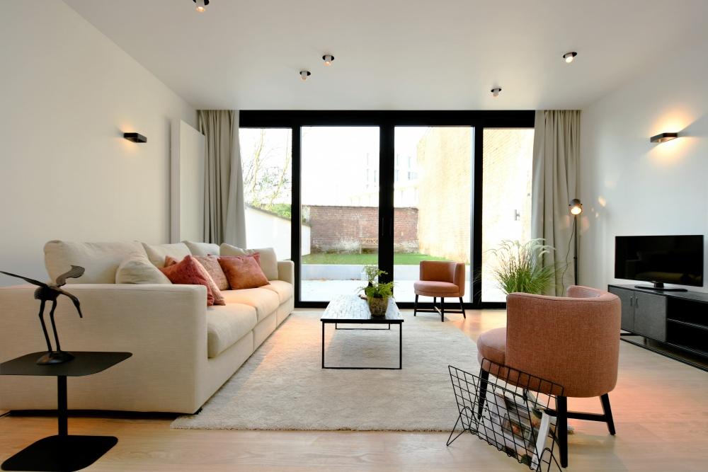 homestaging leuven, covas immo, casanova vastgoedstyling, interieurdesign leuven, burgundy interieur